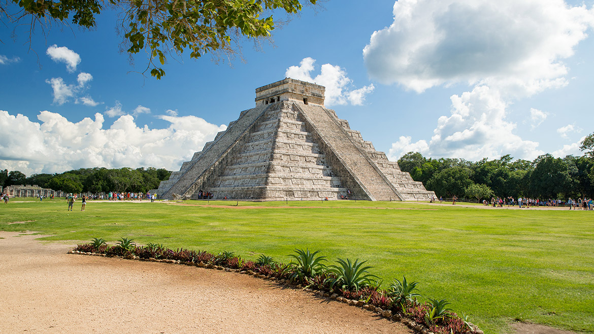 Visit Chichén Itzá with Skip Generations experience