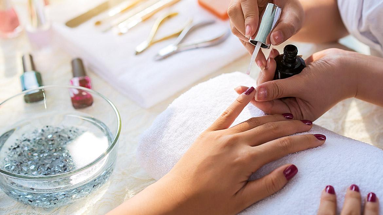 Casa Velas Hotel Boutique Offers New Designer Nails